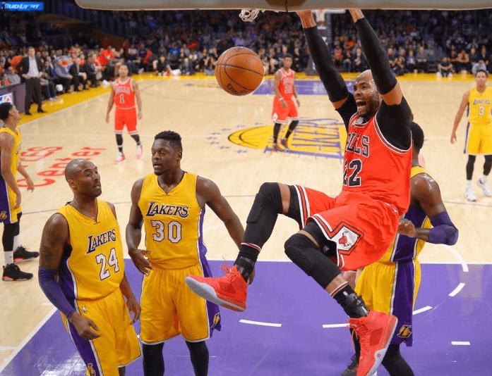 Chicago bulls vs los angeles lakers photo