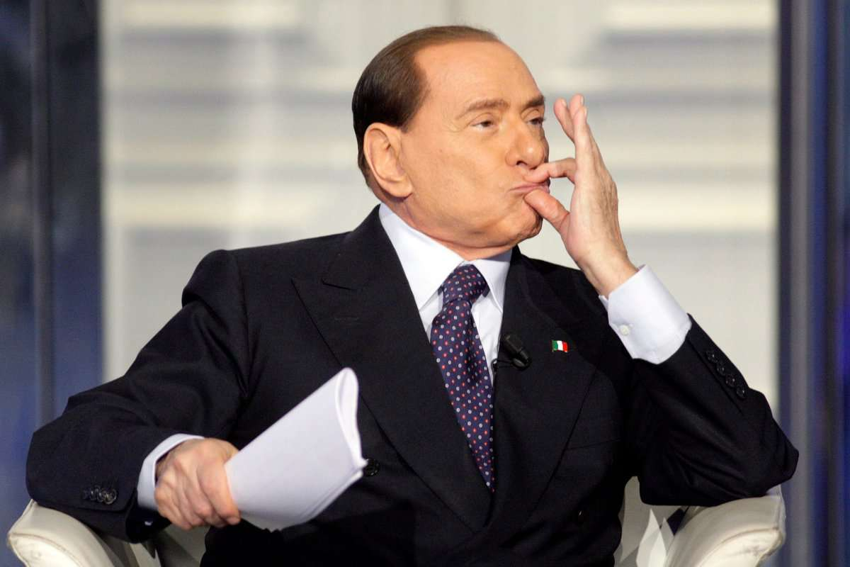 Berlusconi wants to sell his club