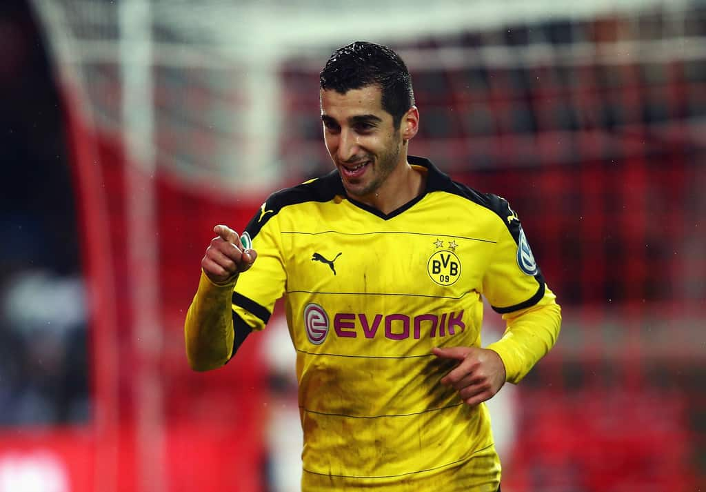 Manchester United have agreed to pay the amount of money Borussia Dortmund want for their star player Henrikh Mkhitaryan.