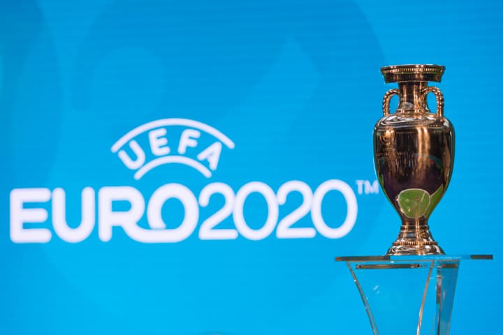 UEfa euro 2020 cup london host city logo present