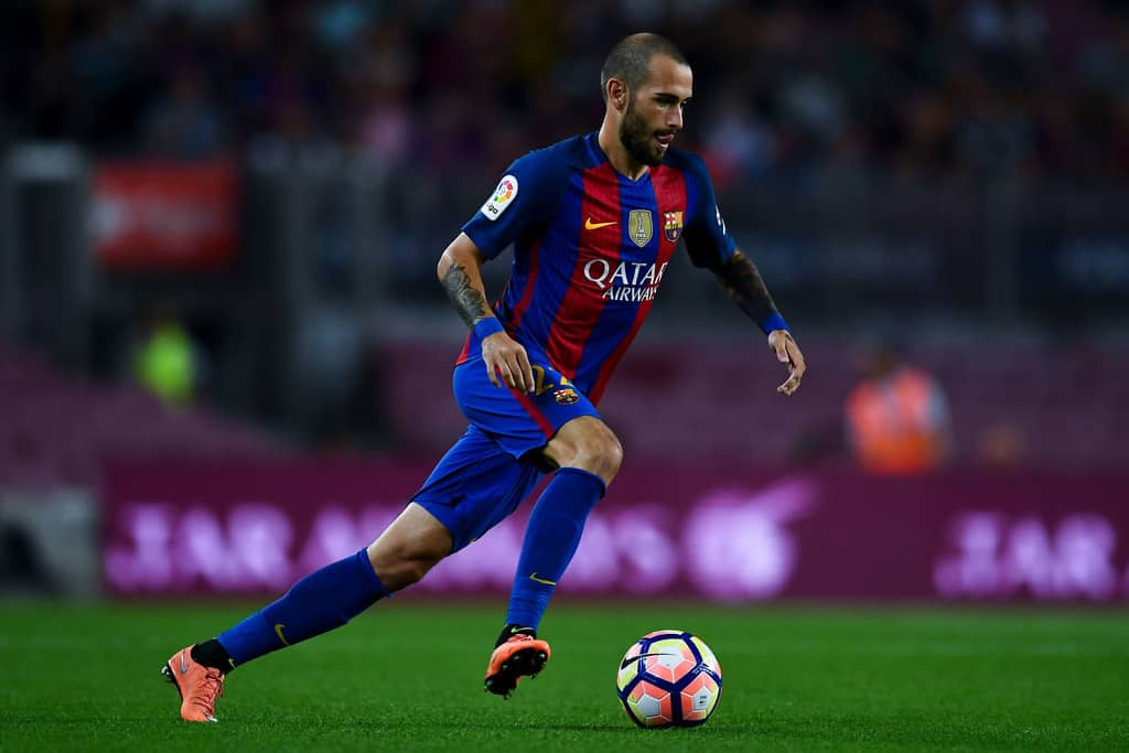 Barcelona are ready to listen offers for Aleix Vidal in January transfer window.