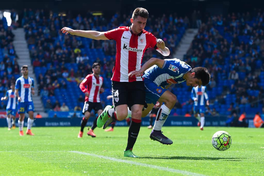 "Athletic Bilbao defender Aymeric Laporte has revealed he spoke with Manchester City for ""a long time"" before snubbing a move to the Etihad, the Daily Mirror reports."