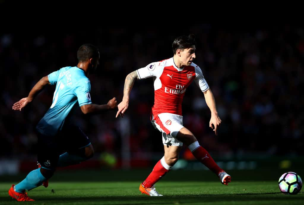 Arsenal will not allow Hector Bellerin to leave the club for Man City unless he requests a transfer, according to the Manchester Evening News.