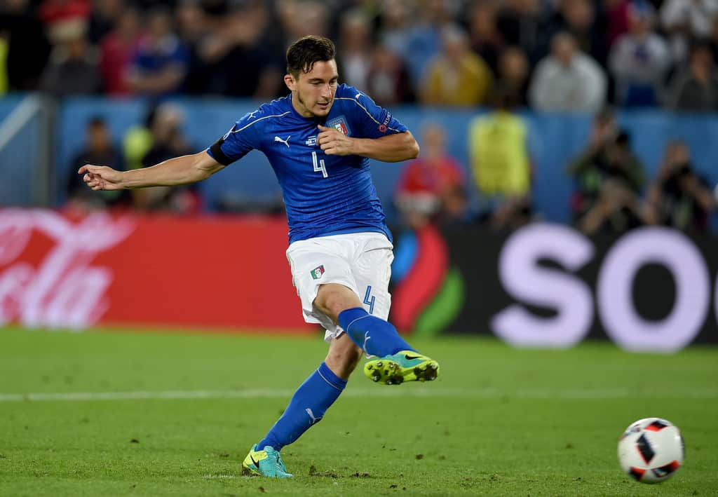 Manchester United defender Matteo Darmian will move to Italian Serie A during the winter transfer window.