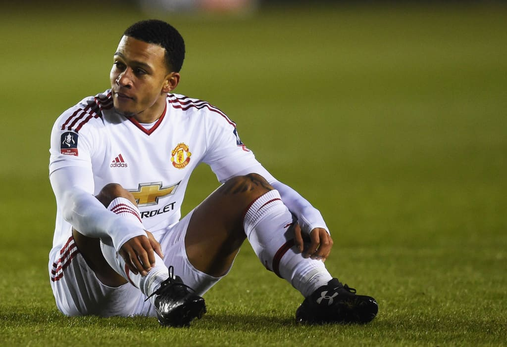 Memphis Depay says he is not happy to remain at Manchester United if it means only having a supporting role.
