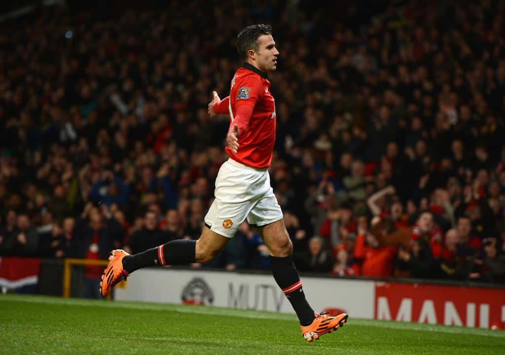 Robin van Persie says he might still be playing for Manchester United if Sir Alex Ferguson was in charge.