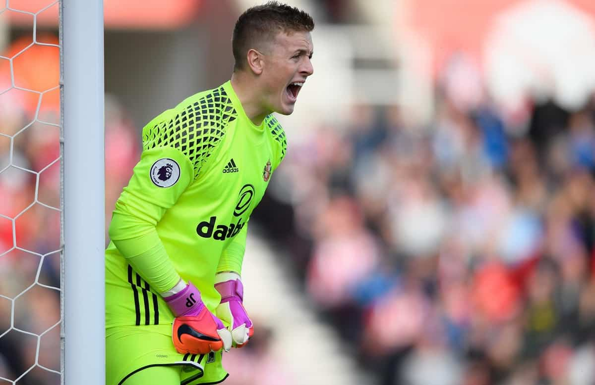 STOKE ON TRENT, ENGLAND - OCTOBER 15: Sunderland goalkeeper Jordan Pickford in action during the Premier League match between Stoke City and Sunderland at Bet365 Stadium on October 15, 2016 in Stoke on Trent, England. (Photo by Stu Forster/Getty Images)