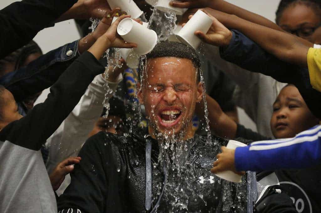 stephen-curry-water