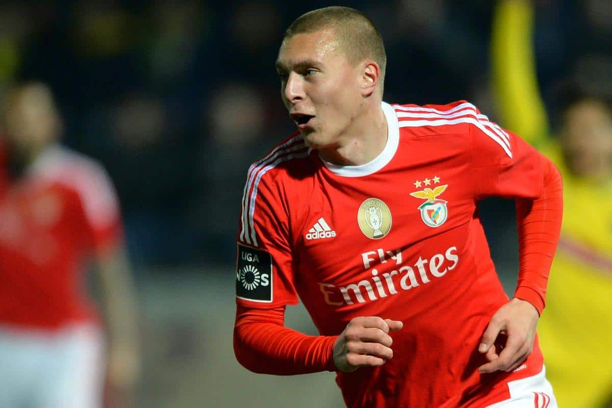 Juventus want to sign Victor Lindelof