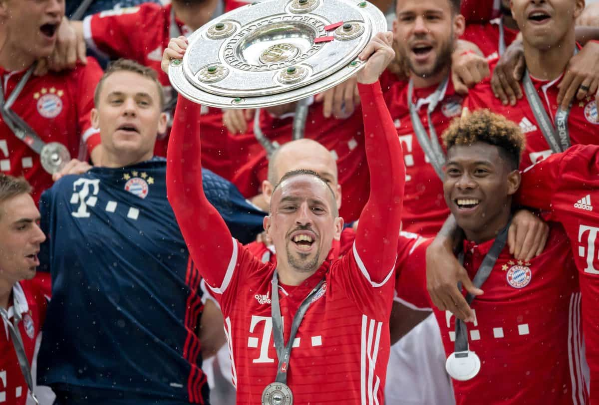 Ribery signs new Bayern deal