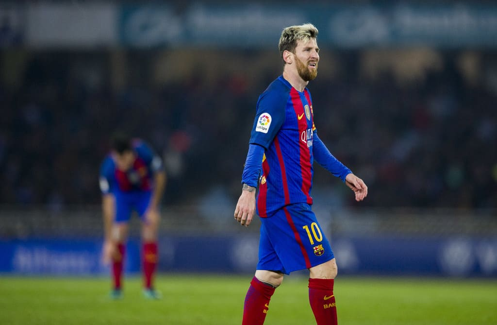 Messi trains solely with El Clasico in spotlight
