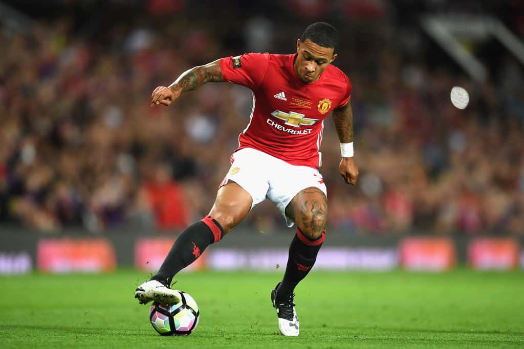Depay doesn't rule out Man Utd exit