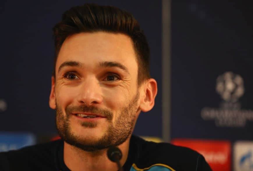 Tottenham goalkeeper Hugo Lloris is willing to put his desire for a new contract on hold in order to concentrate on a vital run of fixtures.
