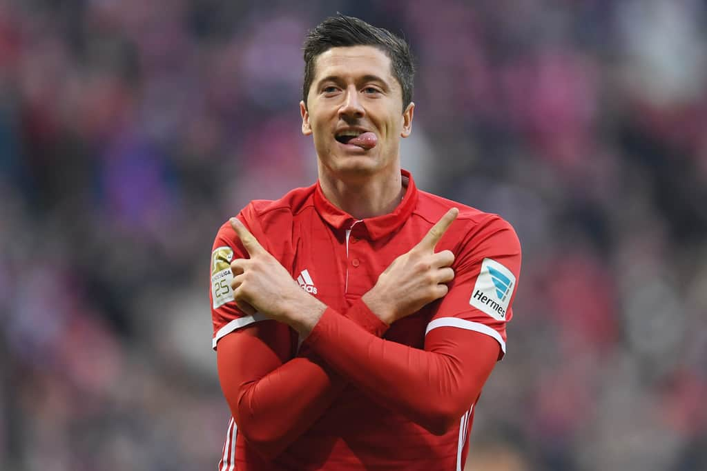 "Lewandowski named ""Player of the Year"" in Poland for 6th consecutive year"