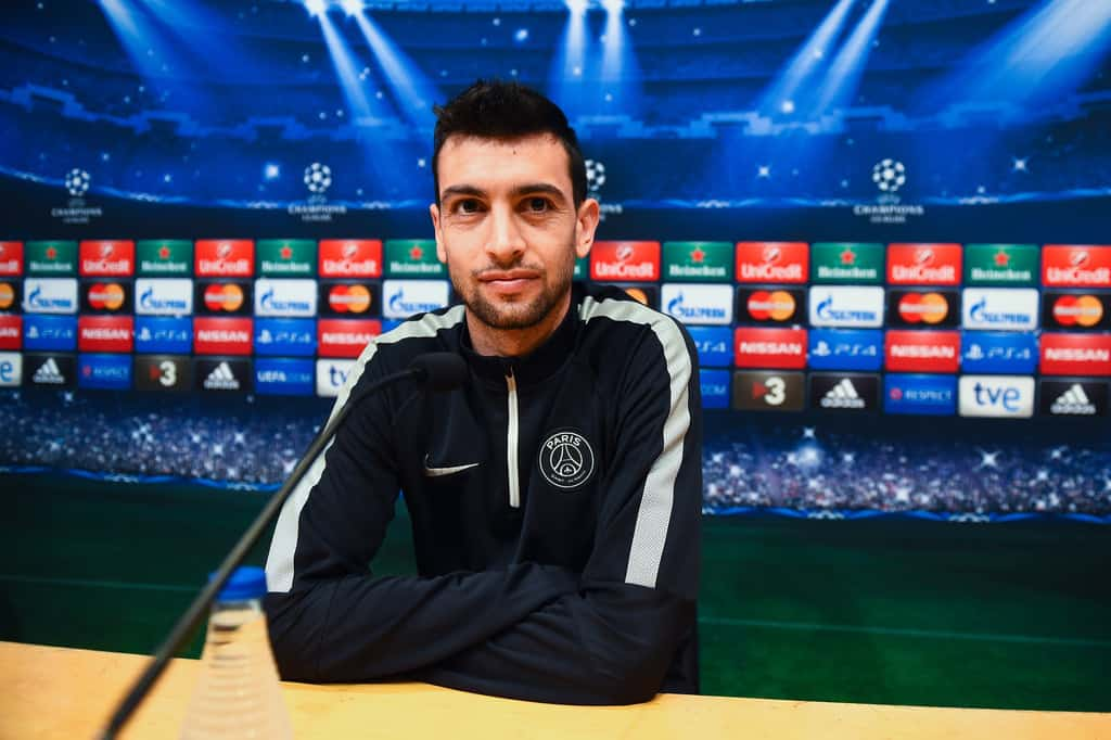 Pastore raises interest in China