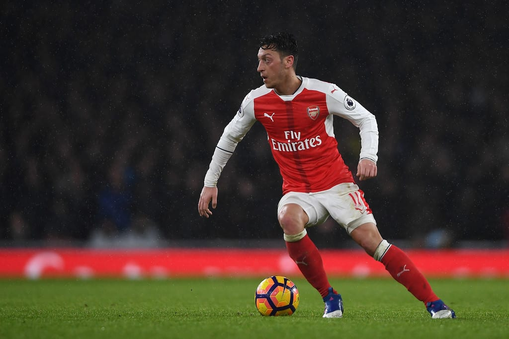 Germany legend suggests Ozil to join Bayern