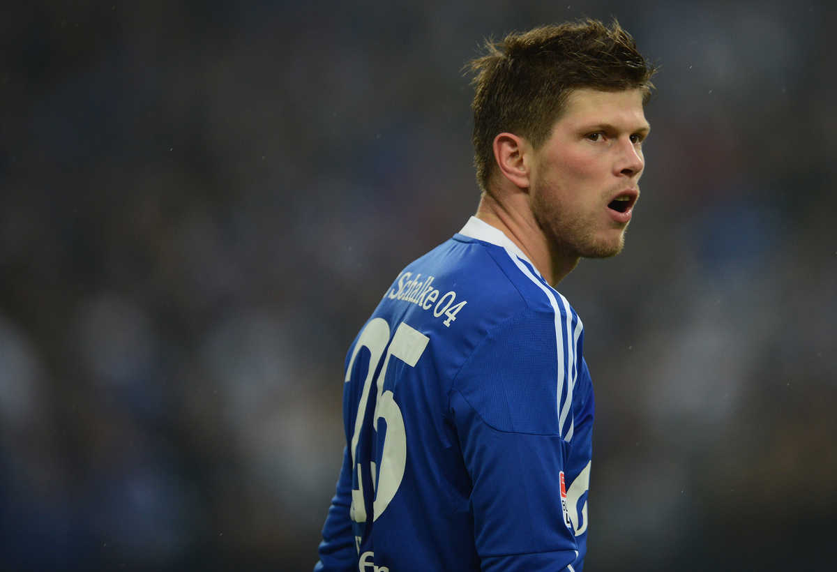 Huntelaar says he is leaving Bundesliga club Schalke at the end of the season