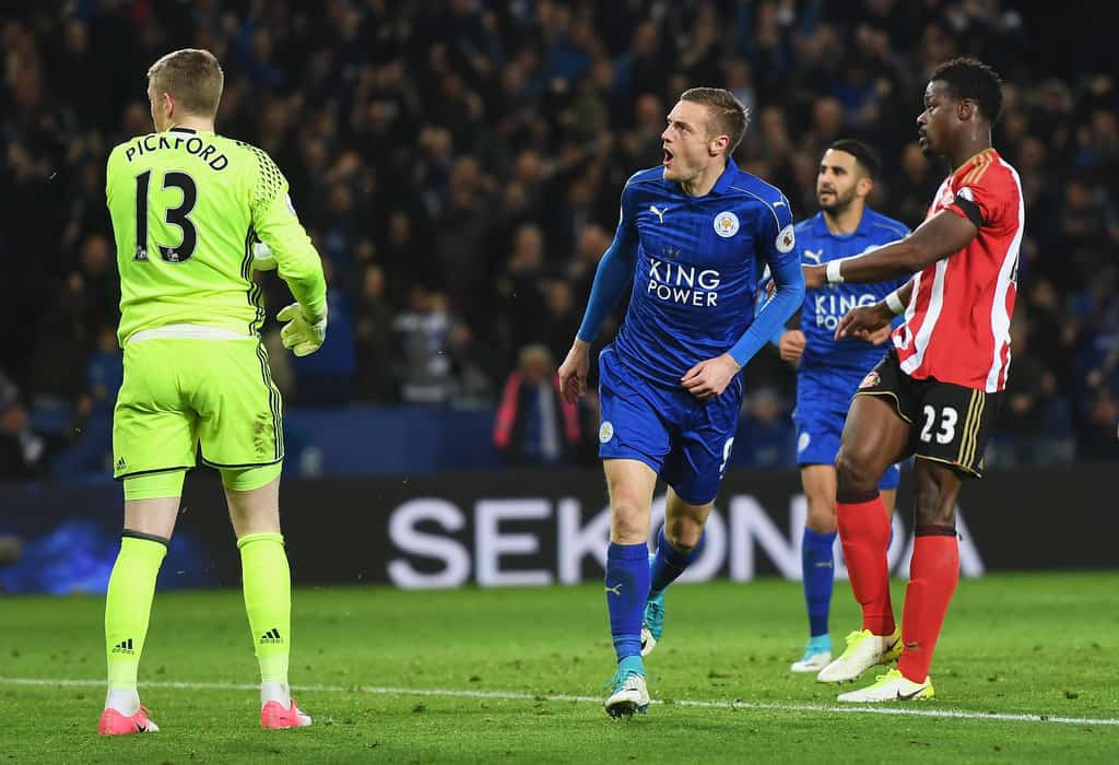 Vardy and Slimani lead Leicester to another glory