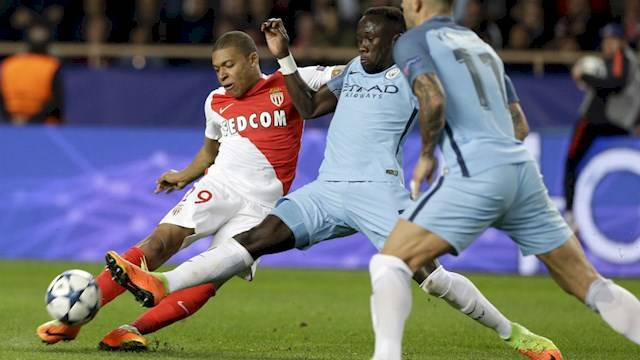 sagna-and-mbappe