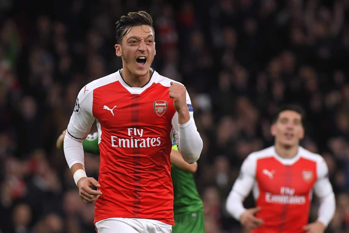 """Ozil's agent says that talks with Arsenal over a contract extension are """"going in a positive way"""""""
