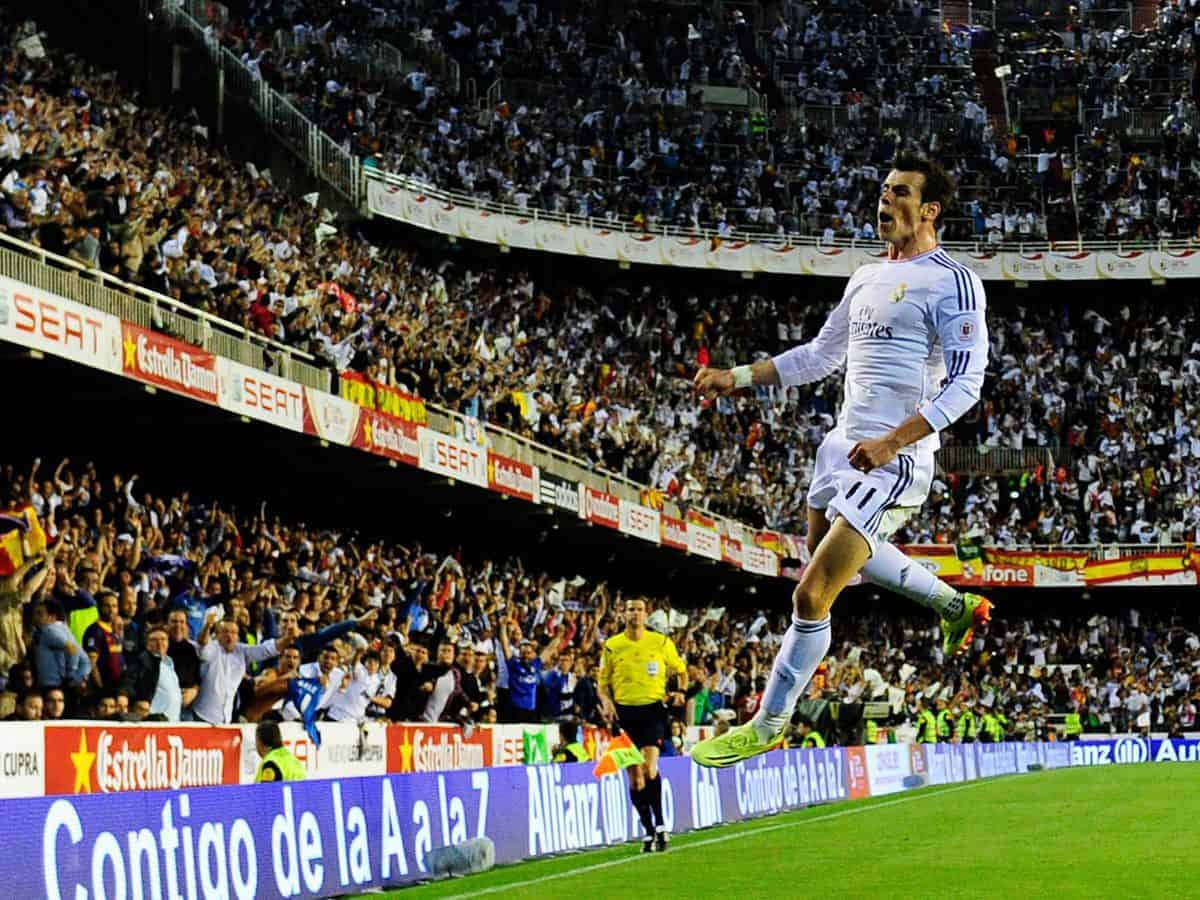 Gareth Bale 1 - ON THIS DAY: 4 years ago Gareth Bale scored fantastic winner vs Barcelona (VIDEO)