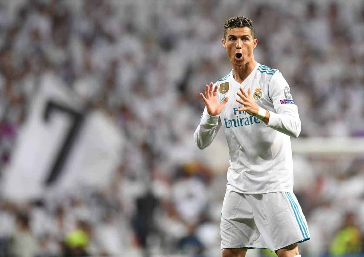 pretty nice 8bb5a 69895 Cristiano Ronaldo the only star not posing in Real Madrid's ...