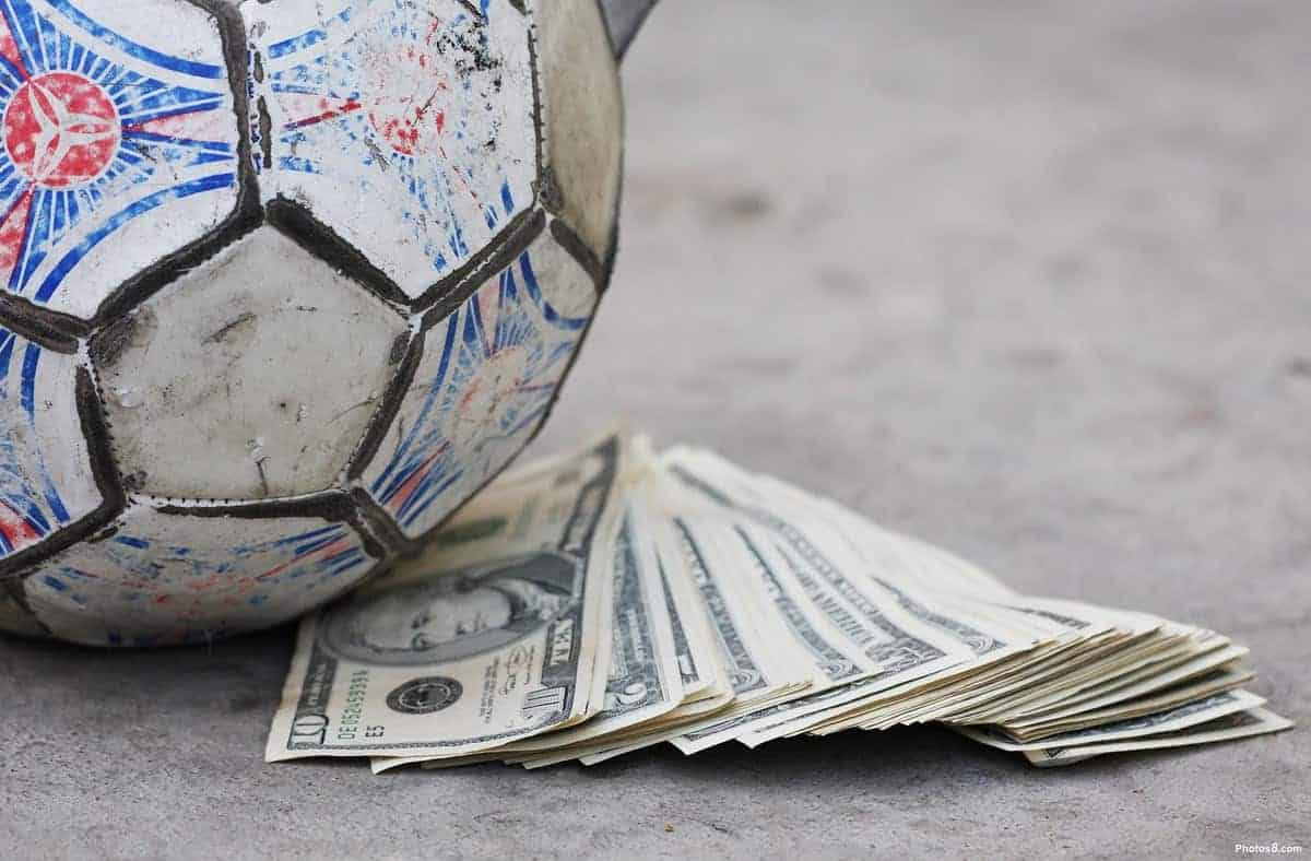 money - Top 10 richest clubs in the world: (PHOTO)