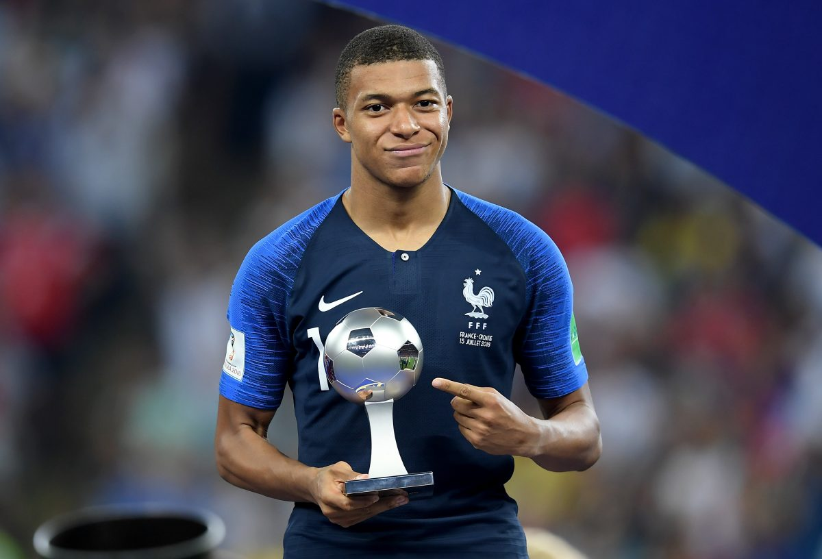 best website 5ad22 e3724 OFFICIAL: Mbappe takes No.7 shirt at PSG - Vbet News
