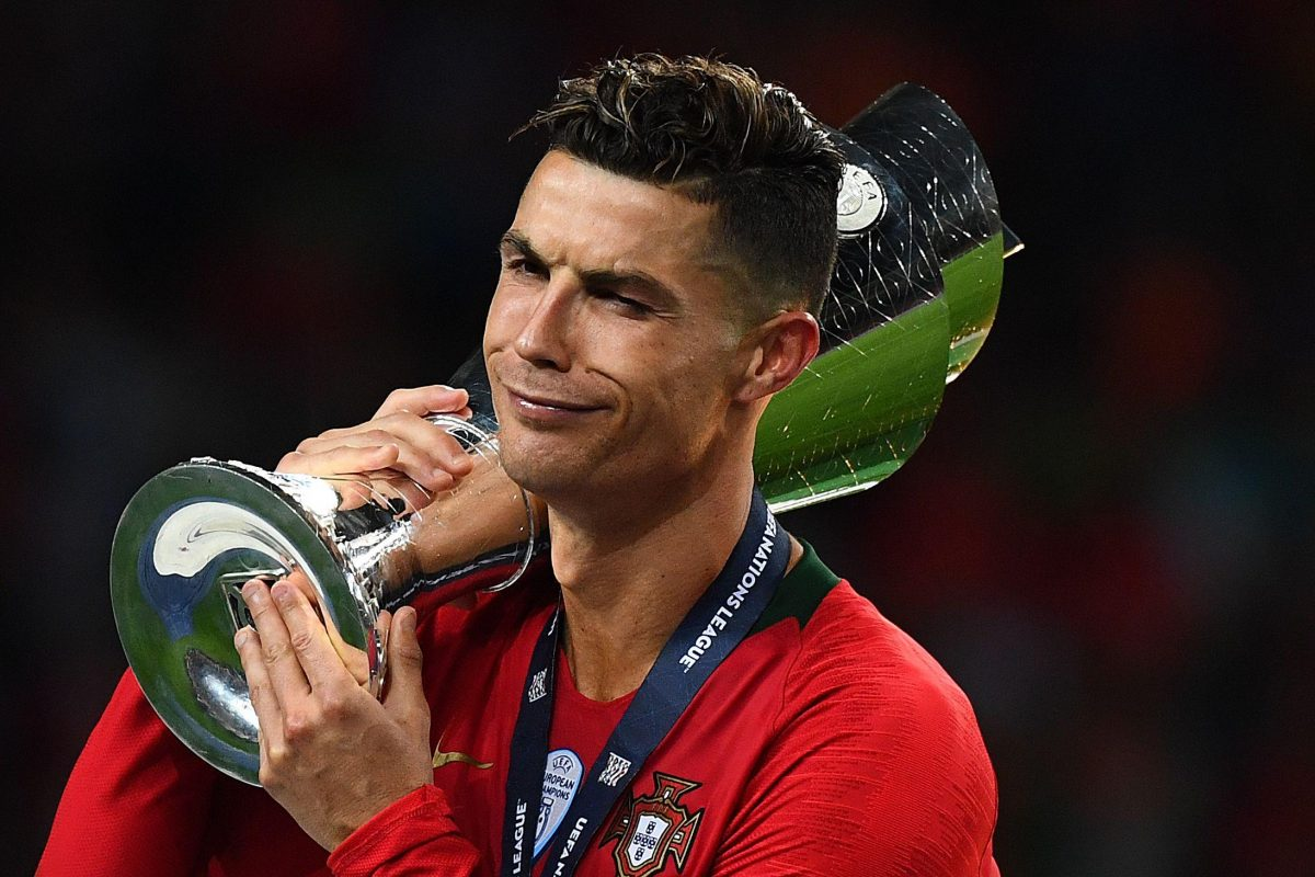 Cristiano Ronaldo looks furious after being snubbed for ...