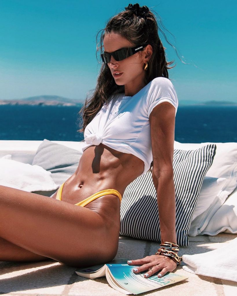 Top 10 Hottest Female Fitness Models Of 2020