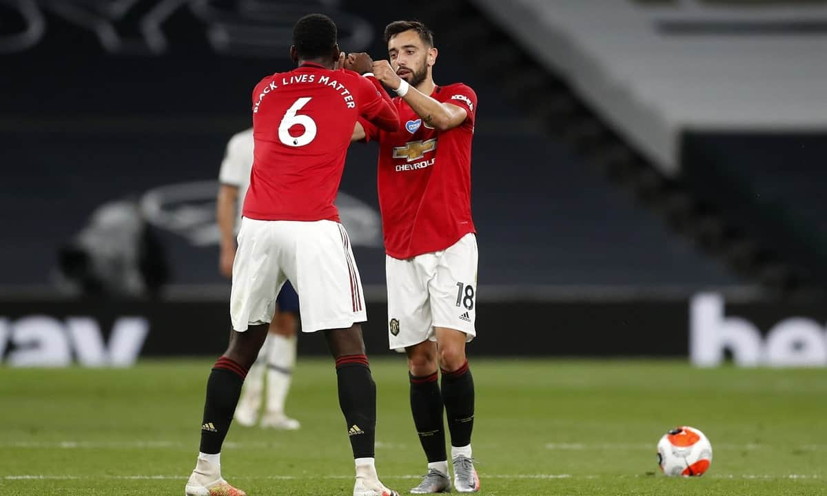 Paul Pogba and Bruno Fernandes celebrate goal for Manchester United
