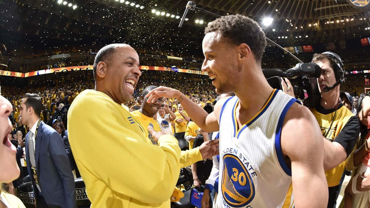 Stephen Curry and Dell Curry after Warriors match