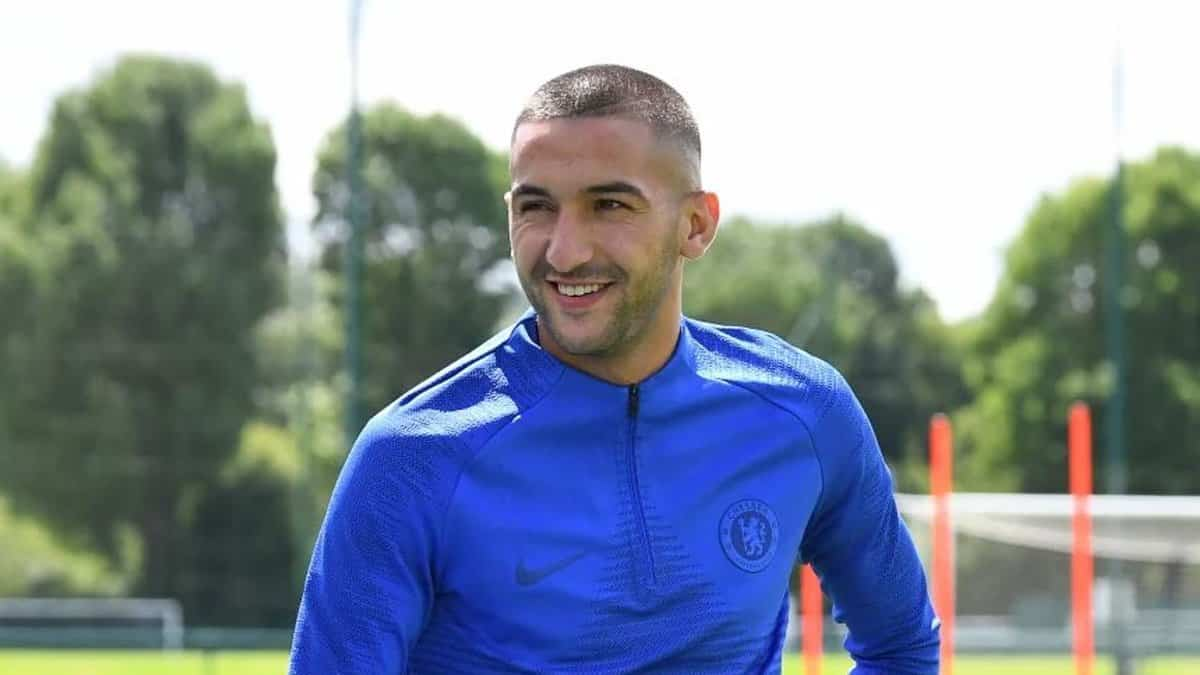 Hakim Ziyech trains for Chelsea for the first time