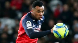 Gabriel Magalhaes in action for Lille