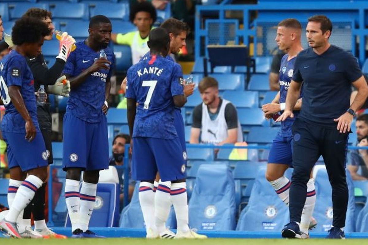 Frank Lampard sends message to Chelsea squad over summer spending