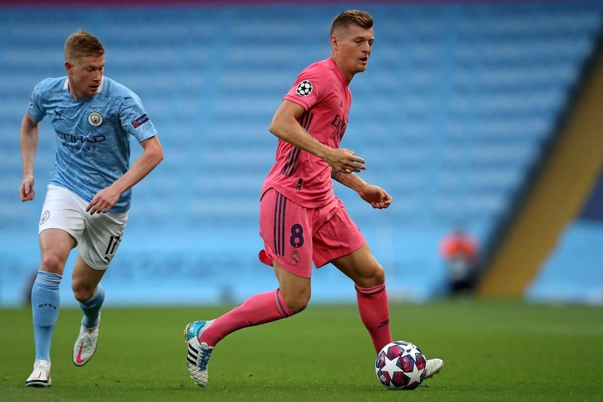 Kevin De Bruyne and Toni Kroos during UCL clash