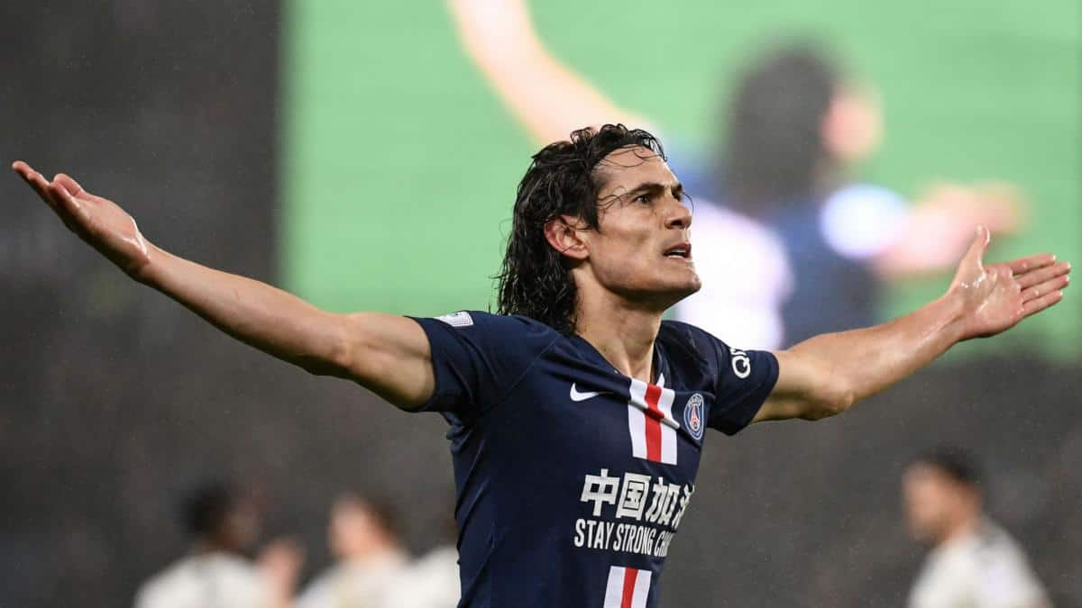 Edinson Cavani's Manchester United debut could be delayed