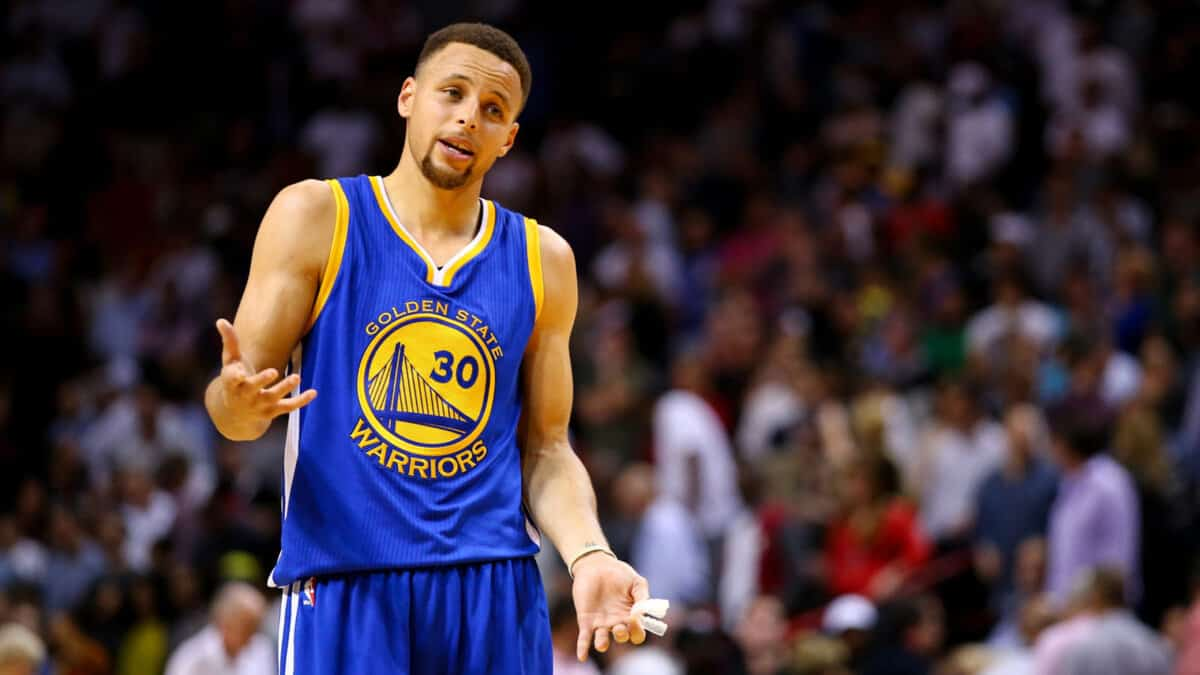 Stephen Curry's bank account expected to take big blow next season