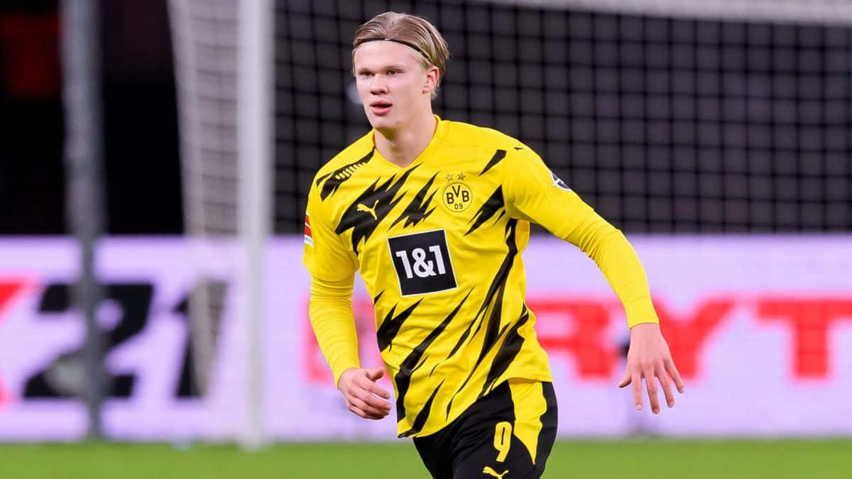 Erling Haaland's father has made Manchester United claim amid Chelsea links