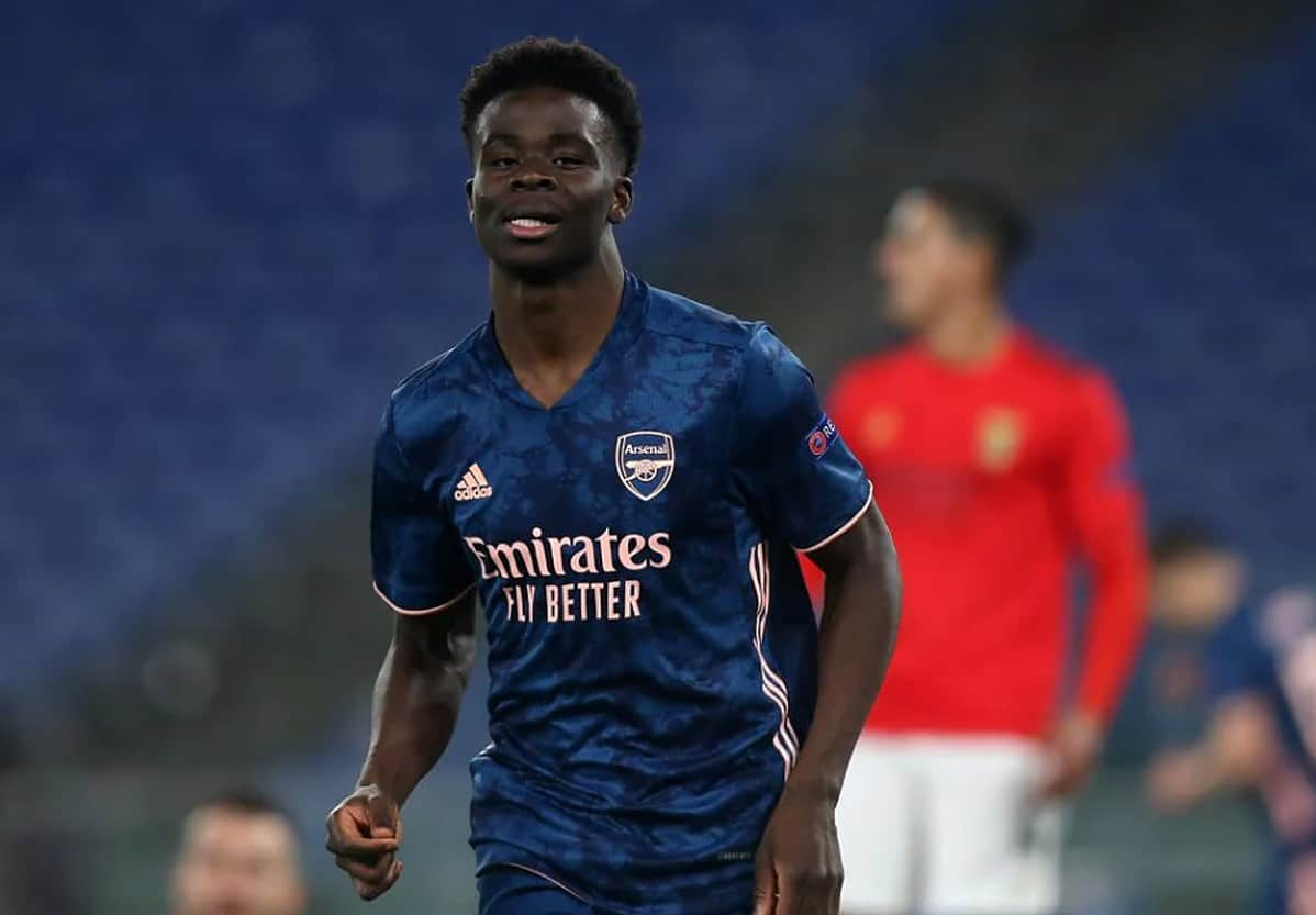 Bukayo Saka celebrates goal for Arsenal