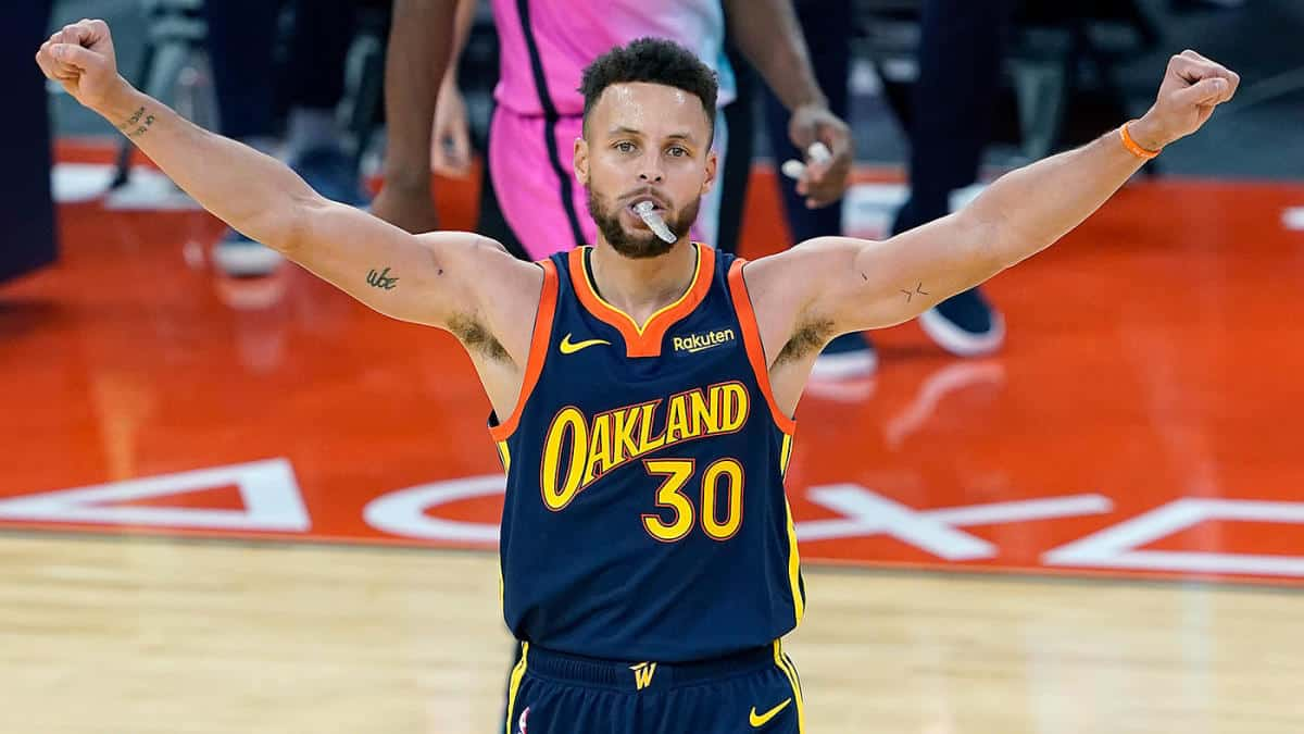 Stephen Curry of Golden State Warriors