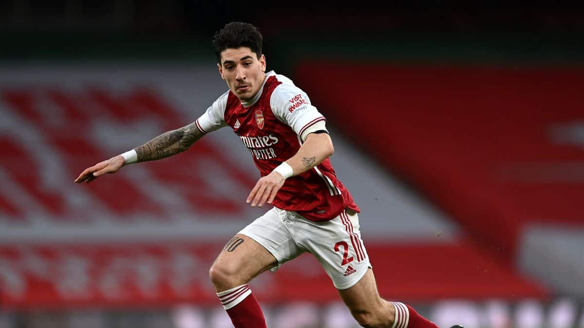 Juevntus to offer two players for Arsenal star Hector Bellerin