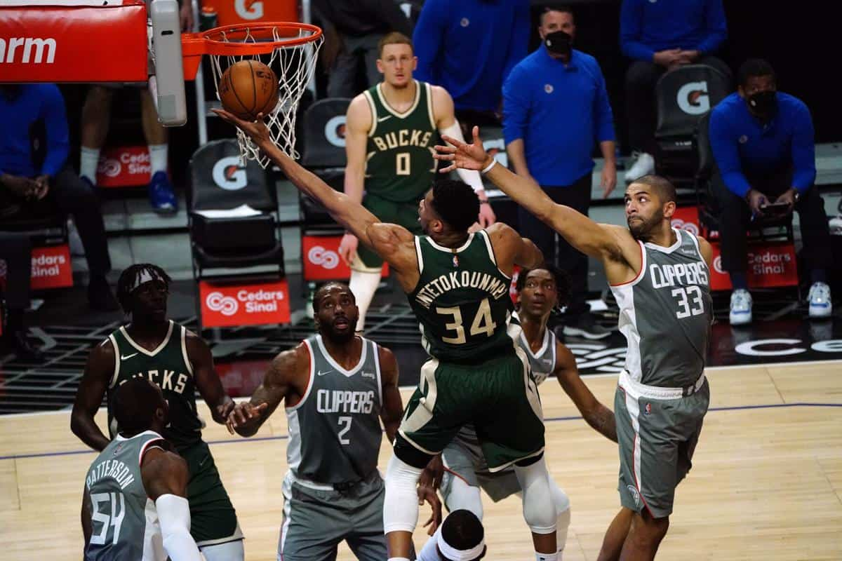 Giannis Antetokounmpo's amazing stats vs Clippers