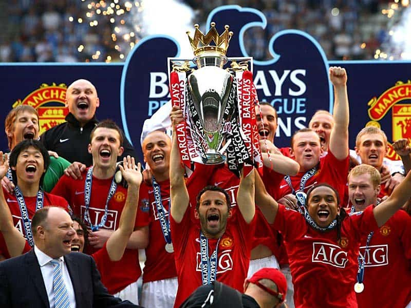 Manchester United celebrating Champions League trophy