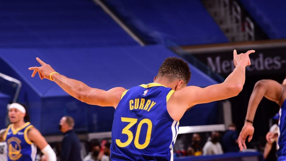 Stephen Curry reacts on moving past Wilt Chamberlain as Warriors all-time scoring leader