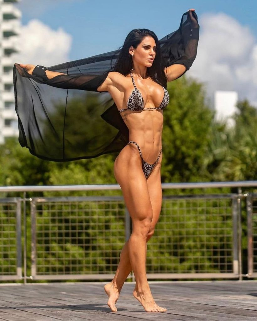 Anita Herbert: Top 10 hottest female fitness models to follow in 2021