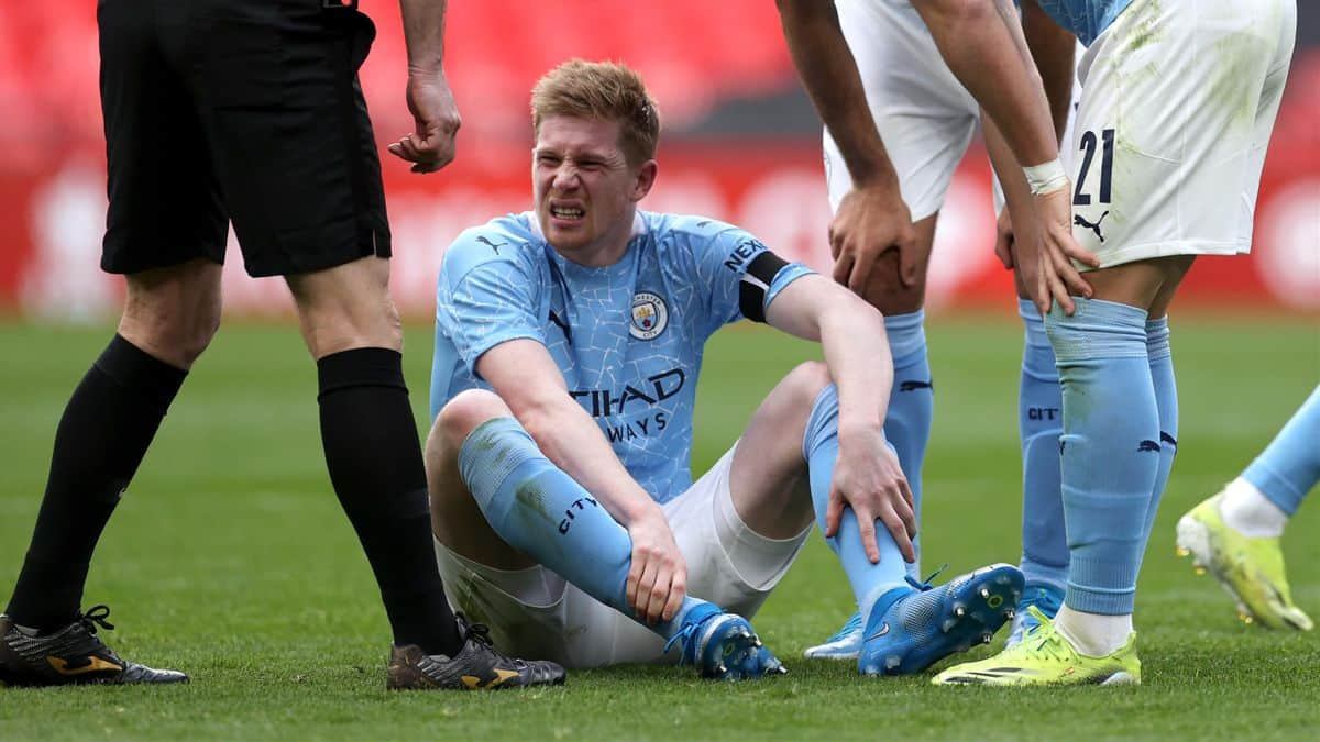 Manchester City provide worrying update on Kevin De Bruyne