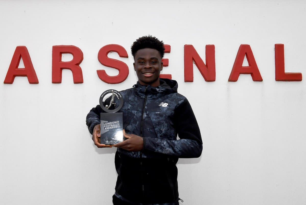 Harvey Elliott sends a message to Bukayo Saka as Arsenal youngster wins Young Player of the year