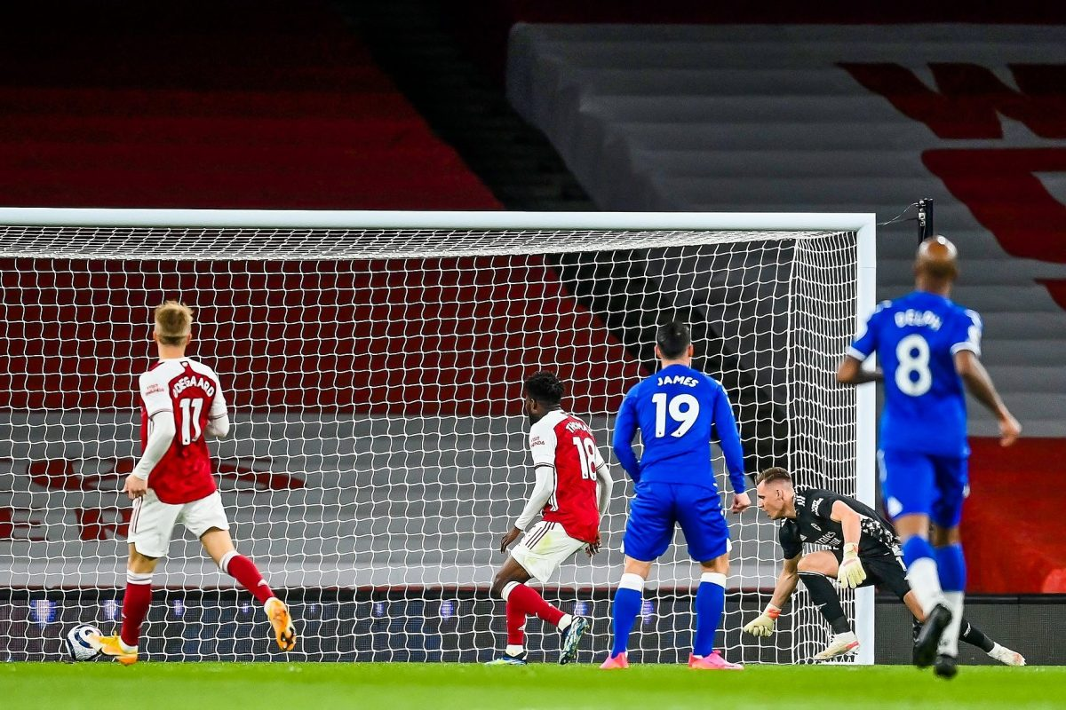 : Bernd Leno of Arsenal makes a mistake leading to conceding an own goal and Everton's first during the Premier League match between Arsenal and Everton at Emirates Stadium on April 23, 2021 in London, England. Sporting stadiums around the UK remain under strict restrictions due to the Coronavirus Pandemic as Government social distancing laws prohibit fans inside venues resulting in games being played behind closed doors. (Photo by Michael Regan/Getty Images)