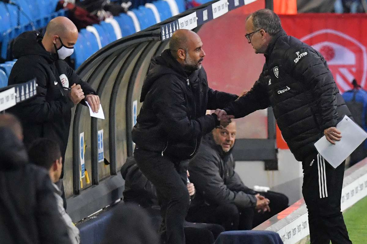 Marcelo Bielsa of Leeds United and Pep Guardiola of Manchester City